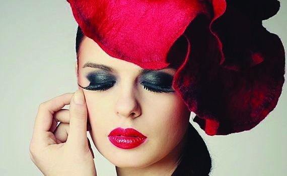Красная шляпка (EveAndersFashion).