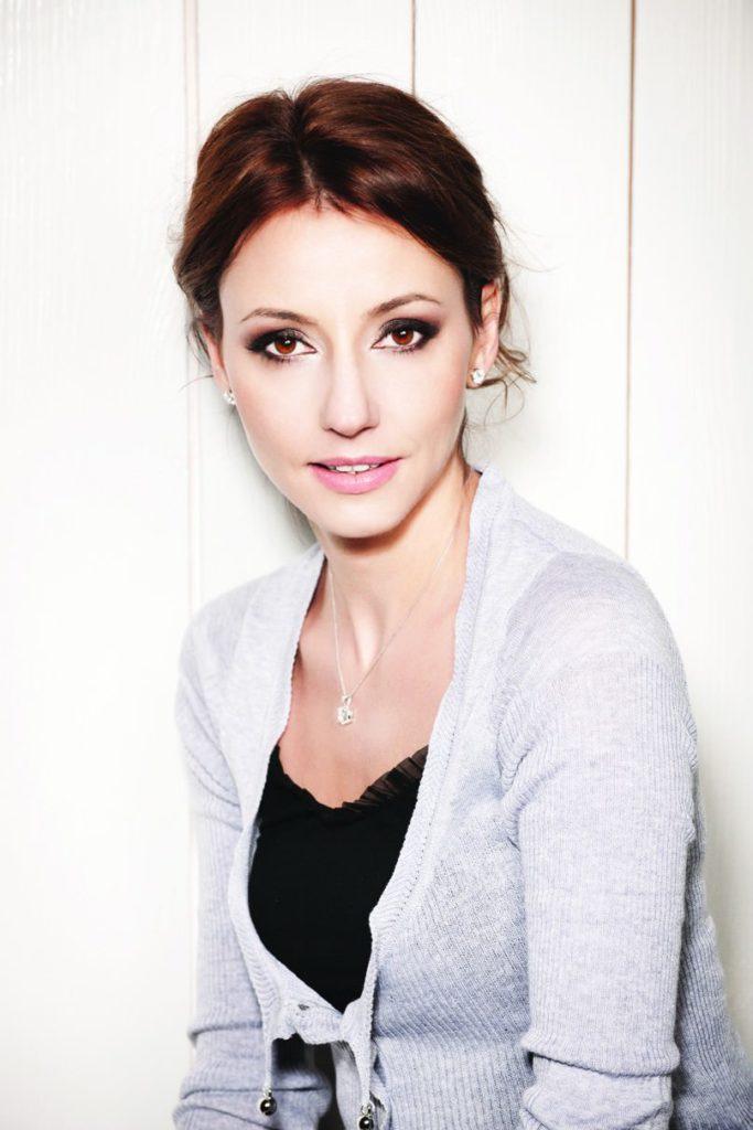 Анастасия Зверева: «Может быть, тогда не стоит столько сил прикладывать к тому, чтобы бороться с тем, что никому, кроме нас, на самом деле не важно?»