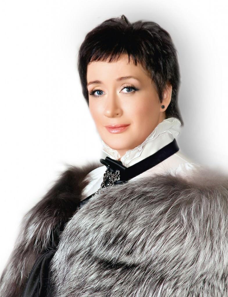 Ирина Сказина: «Я безумно люблю Серебряный век. Это моя страсть, это моя романтика, это моя любовь…»