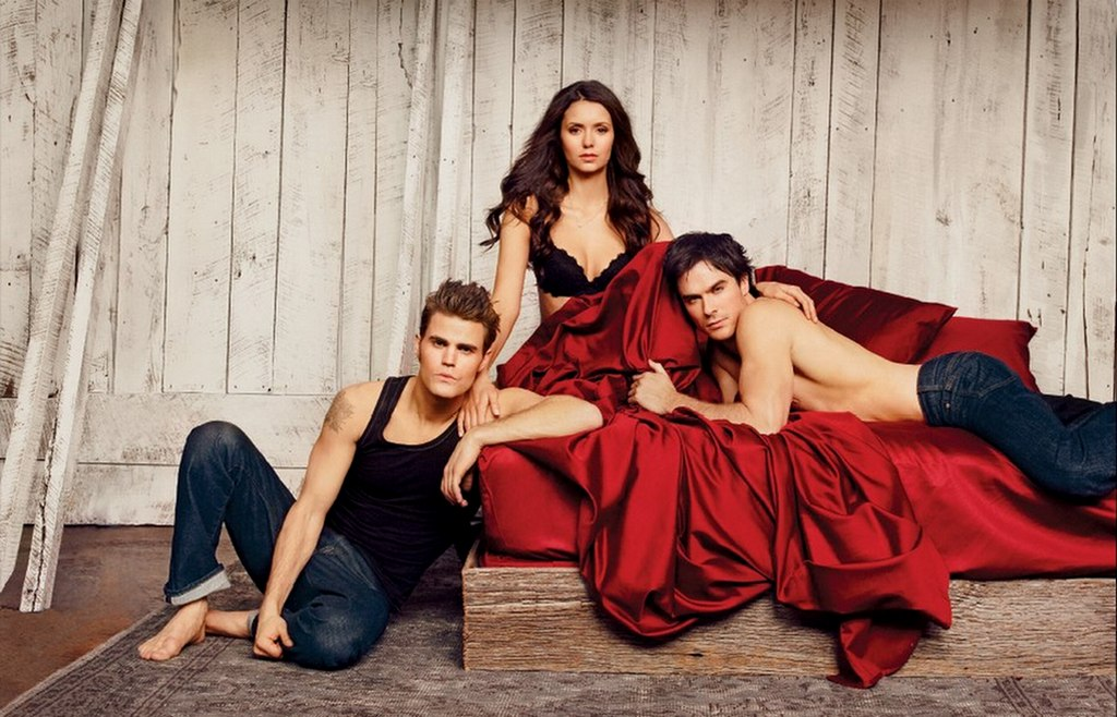 Bigger-version-the-vampire-diaries-28948975-1024-658