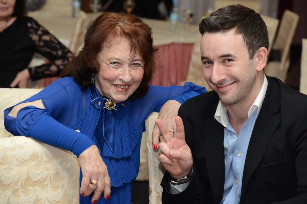 Неля Семеновна и Влад, мама и сын Наталии Каплун
